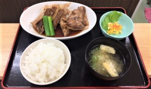 ①本日のおすすめメニュー☆食堂名物!まぐろリブロース煮付定食
