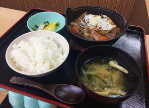 熱々!牛すじ煮定食☆3月11日(日)は特売です!