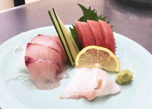 ②本日のおすすめ定食☆本マグロの中トロ・八丈島産メダイ・北海ダコ