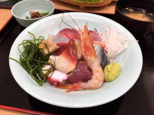 海鮮丼☆12月15日(土)は特売です!